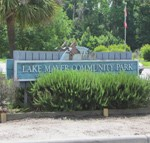 Lake Mayer Park