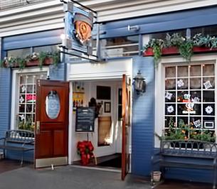 Molly MacPhersons Pub